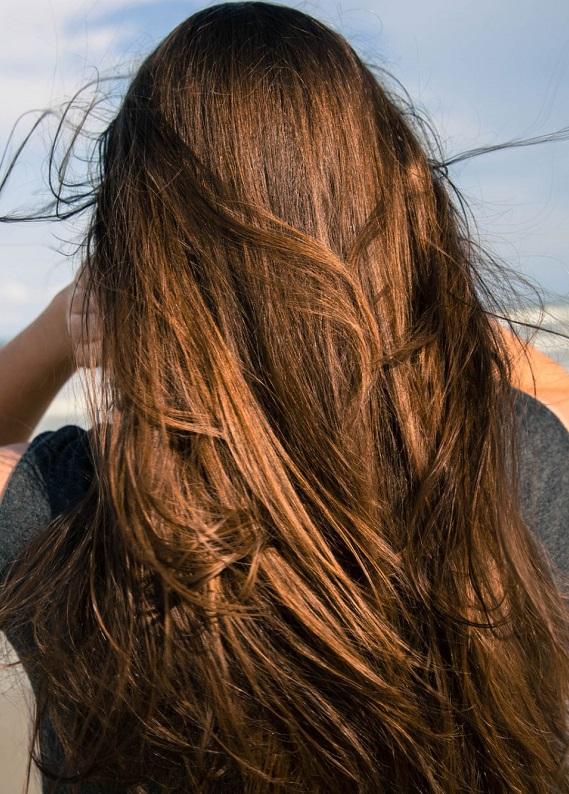 Saç eklentilerini bir kenara bırak! Merhaba uzun saçlar!
