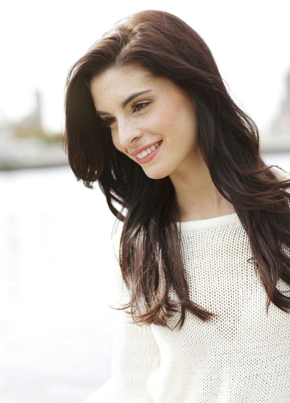 Saçlarına en güzel dokunuşu yap: Her seviyedeki kuru saç için besleyici bakım