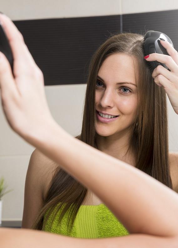 Saç düzleştirici tarak nasıl kullanılır?