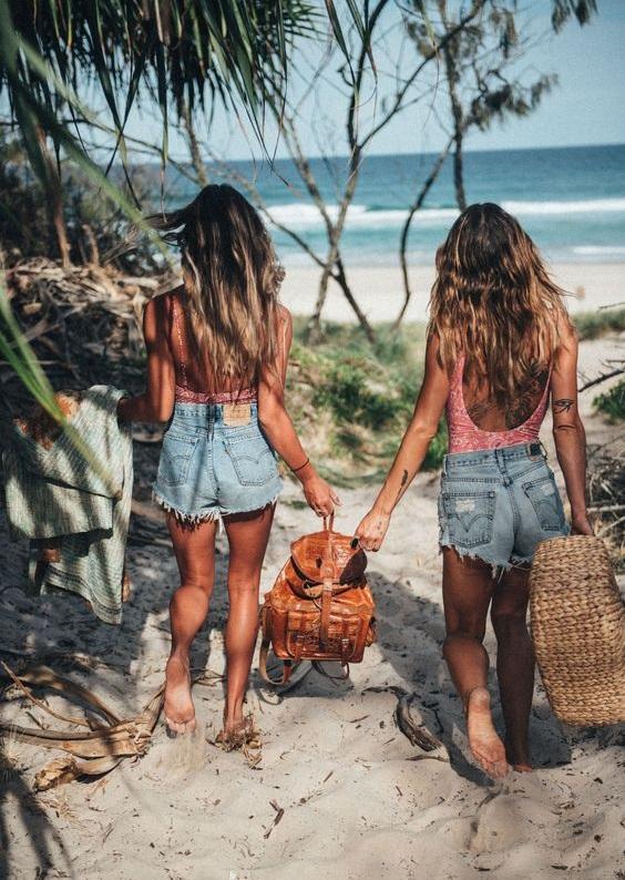 """""""Yaz kızları"""" buraya! Tatilde güneş etkisini saçlarına taşımaya hazır mısın?"""