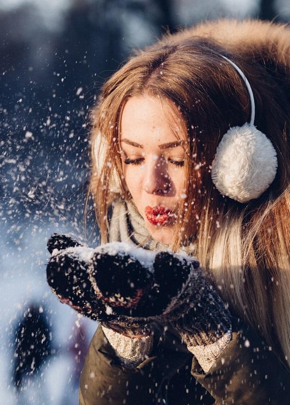Bu kış saçının ihtiyaç duyduğu doğal bakımı bu testle açıklıyoruz!