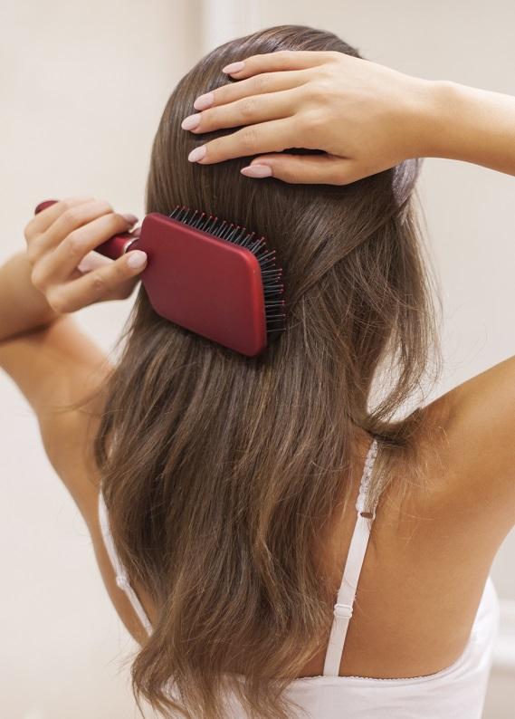 Yıpranmış saçlara nasıl doğal bakım yapılır?