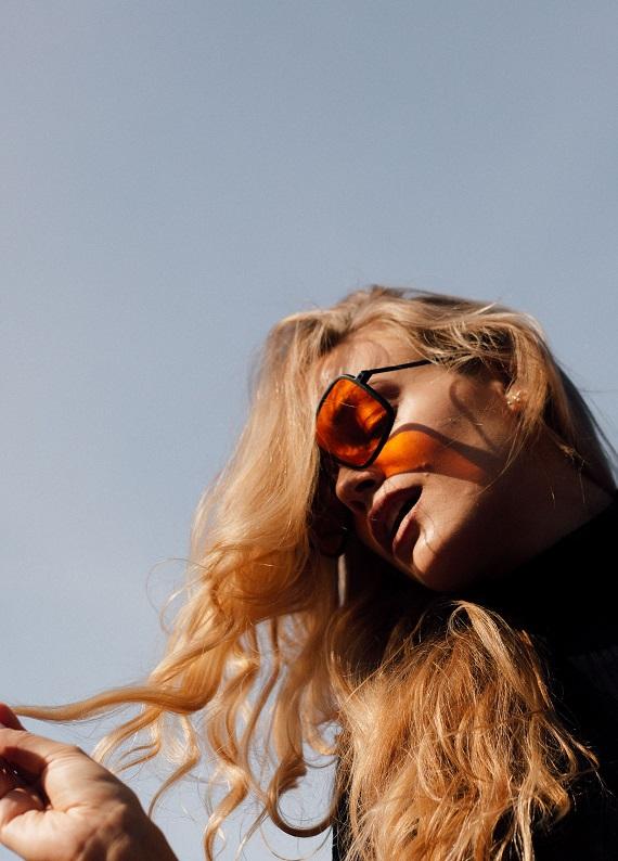 Saçtaki turunculuk nasıl giderilir?