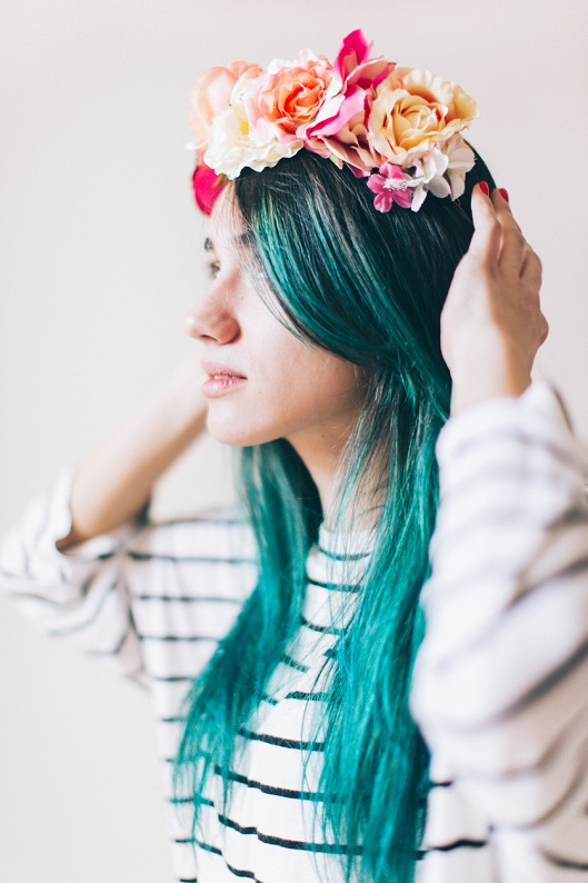 Deneyebileceğin 6 farklı renkli saç modeli