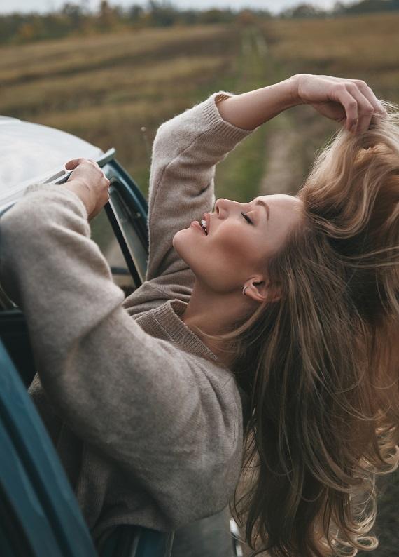 Bu önerimizle saçların o kadar yumuşak olacak ki ellerini saçlarından alamayacaksın!
