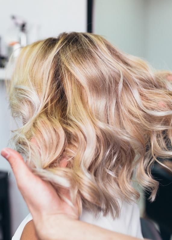 En son saç boyama tekniği: ''Saç strobingi''