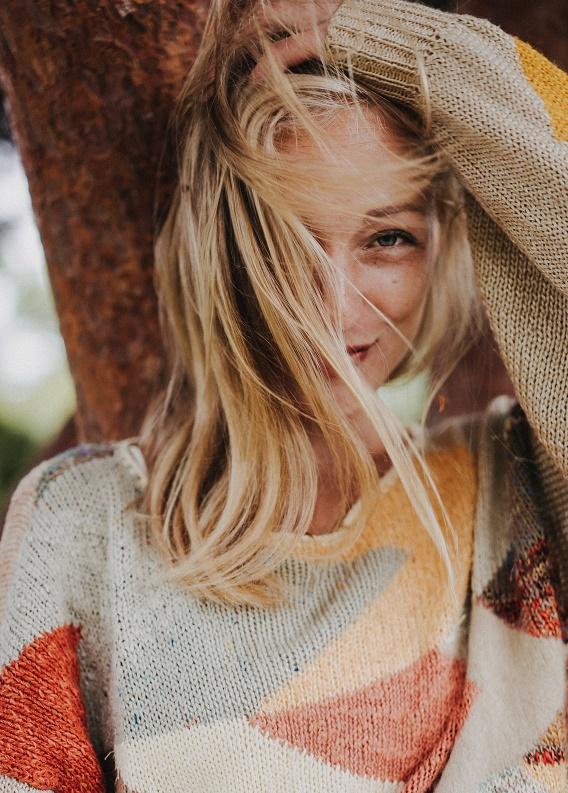 Kırık saç uçları için bakım ürünleri: Hangi ürünleri kullanmalısın?