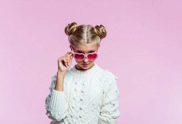 Kız Çocukları İçin En İyi 20 Topuz Saç Modeli
