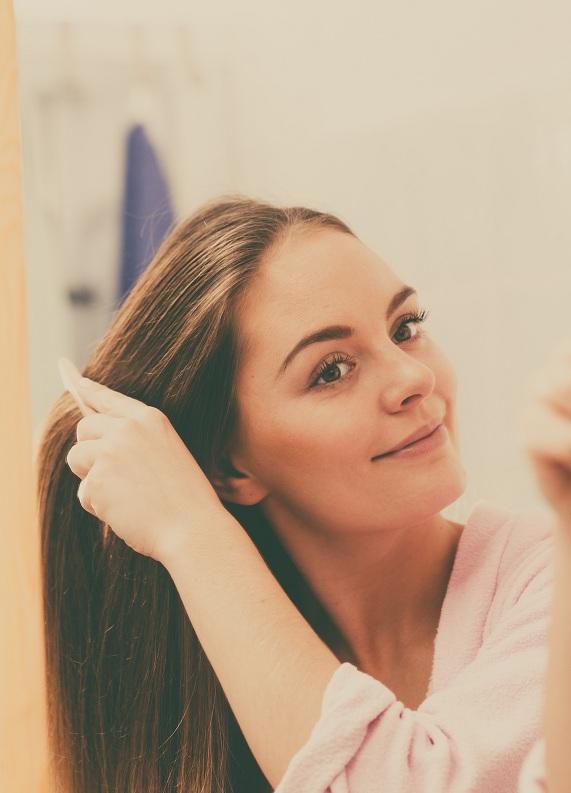 Tarak rehberi: Hangi saç tipi için hangi tarağı tercih etmelisin?