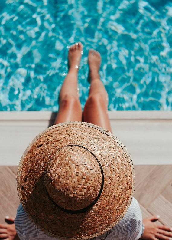 Hafta sonu kaçamağı planlayanlar için: Kısacık tatil boyunca kusursuz görünmenin yolları!