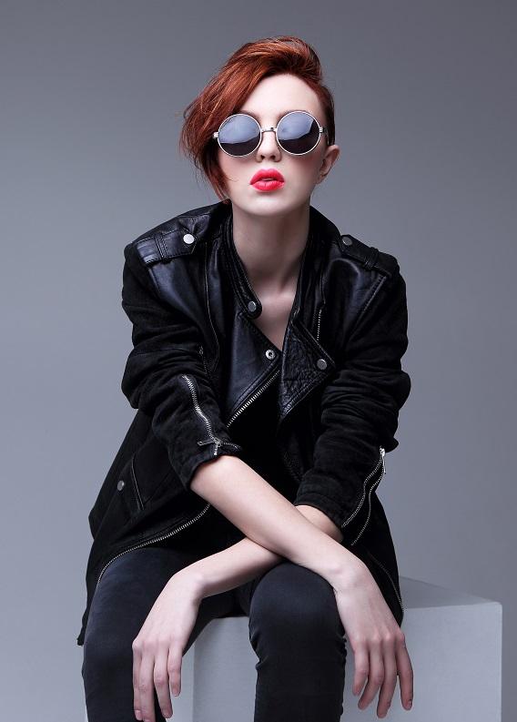 """Fransız kadınlarının onayladığı 6 """"rock-chic"""" saç modeli"""