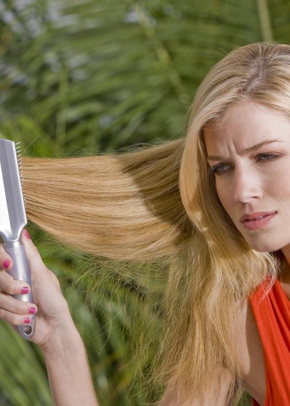Dolaşık saçları açma rehberi: Zarar vermeden saçlarını tara