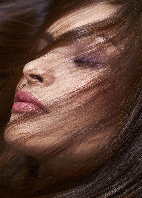 Kurumaya eğilimli saçlar bakım rutini