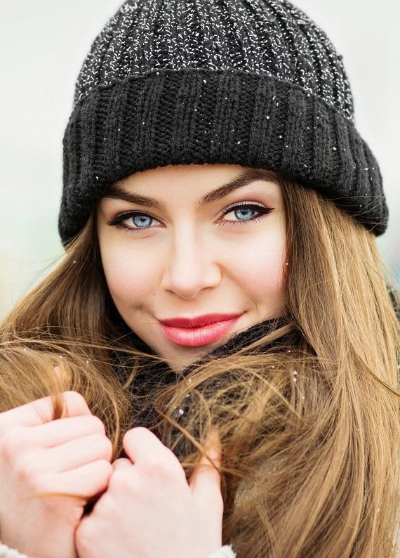 Kış aylarında saçlarına nem yüklemesi yap!