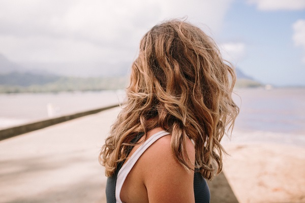 Kumral Saça Mor Şampuan Uygulanır Mı?