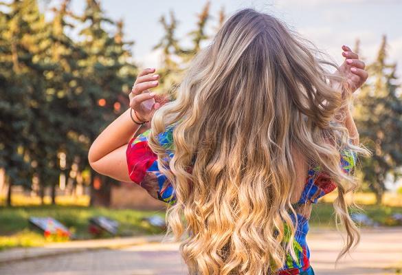 Uzun saçlara iri dalgalar